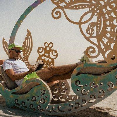 Stijn Van de Voorde schrijft gedichten op Burning Man